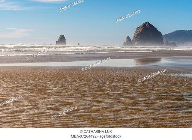 Pacific Coast, Cannon Beach, Rocks