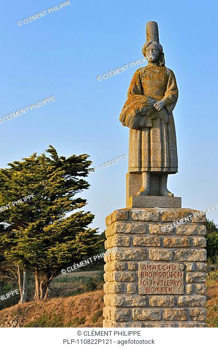 René Quillivic's statue La Bigoudène at Pors-Poulhan, Finistère, Brittany, France