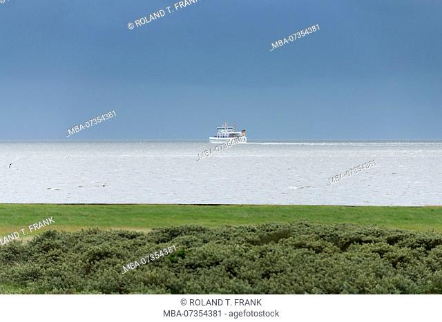 Germany, Lower Saxony, East Frisia, Juist, a ferry on the way to the mainland to Norddeich