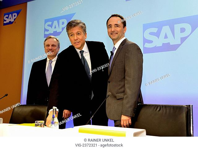 Annual press conference of SAP AG on 26.01.2011 : Werner BRANDT , CFO , Bill McDERMOTT , Co-CEO , and Jim Hagemann SNABE , Co-CEO - Frankfurt, Hesse, Germany