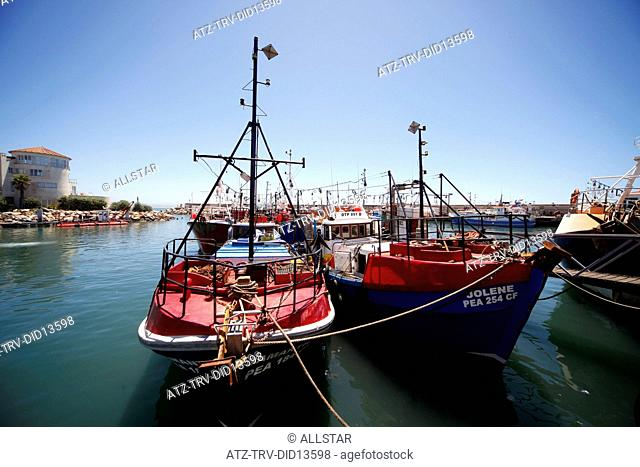 FISHING BOATS IN HARBOUR; ST. FRANCIS HARBOUR, EASTERN CAPE, SOUTH AFRICA; 26/01/2011