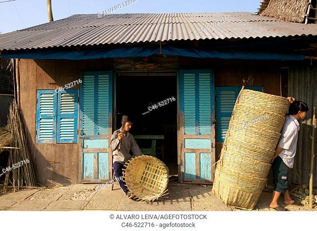 Baskets artisan, market at Pung Hiep, Mekong River, Mekong Delta, Vietnam