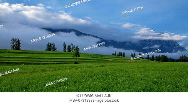 Austria, Tyrol, Miemingen plateau