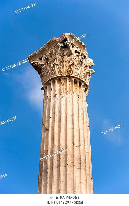 Greece, Athens, Corinthian column of Temple of Olympian Zeus