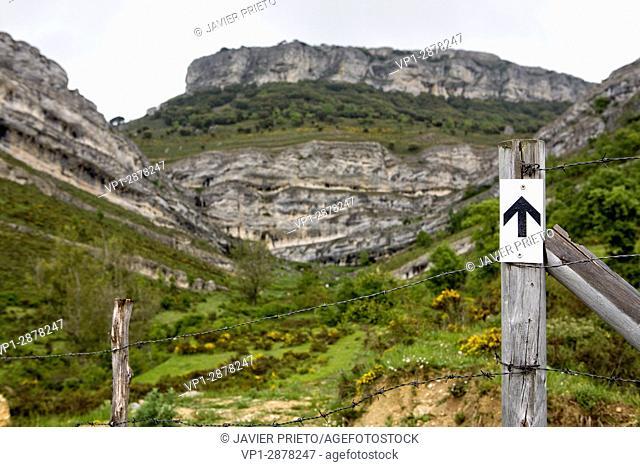 Peña Mesa. Geological Itinerary The Forces of the Earth. Locality of Rebolledo de la Torre. World Geopark Las Loras. Burgos. Castilla y León. Spain