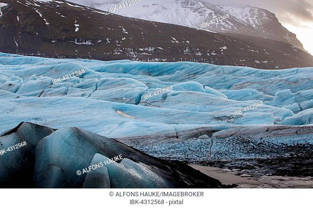 Glacier lagoon of the Svinafellsjökull, Hali, Southern Region, Iceland