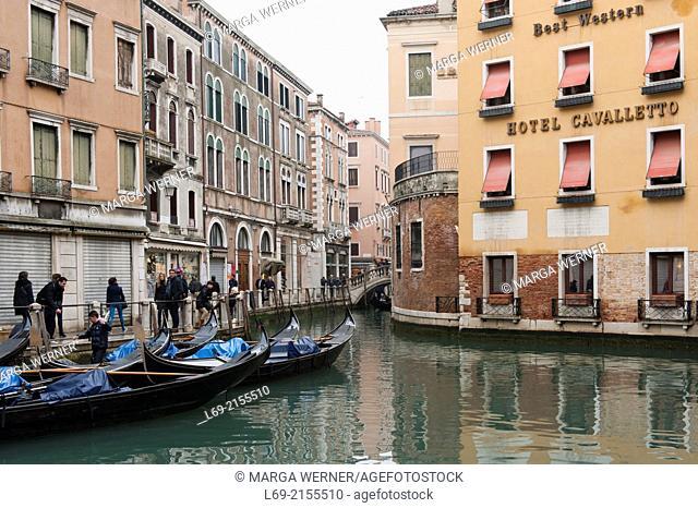 Gondola station, Basin Orseolo, Sestiere San Marco, Venice, Veneto, Italy