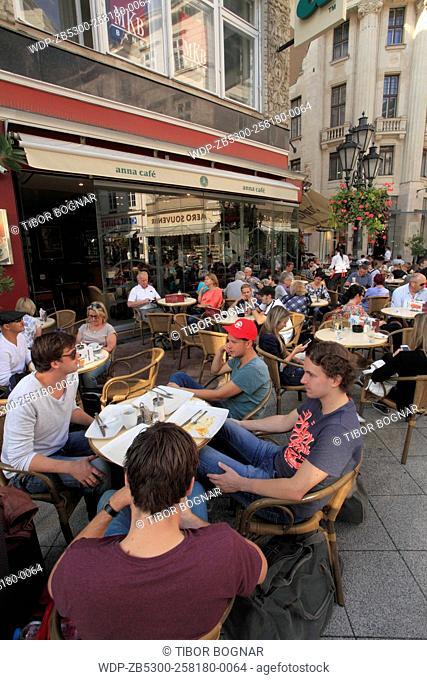 Hungary, Budapest, Váci utca, cafe, people