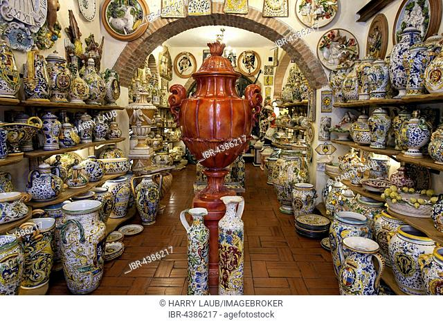Souvenir shop with typical ceramics, historic centre, San Gimignano, Province of Siena, Tuscany, Italy