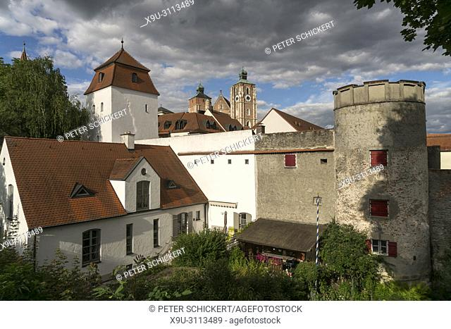 city wall tower and Liebfrauenmünster, Ingolstadt, Upper Bavaria, Bavaria, Germany, Europe