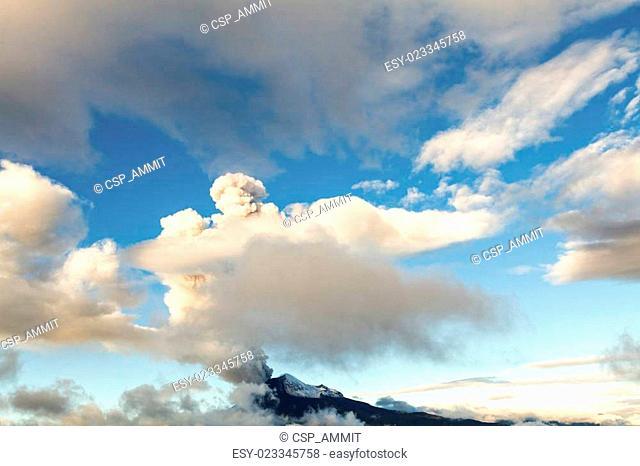 Tungurahua Wide Angle