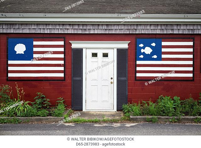 USA, Massachusetts, Cape Cod, West Yarmouth, US flags with seafood motif
