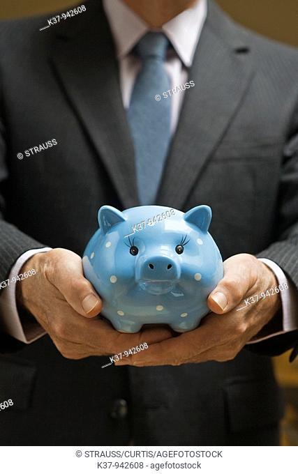 Financial Savings MR0914