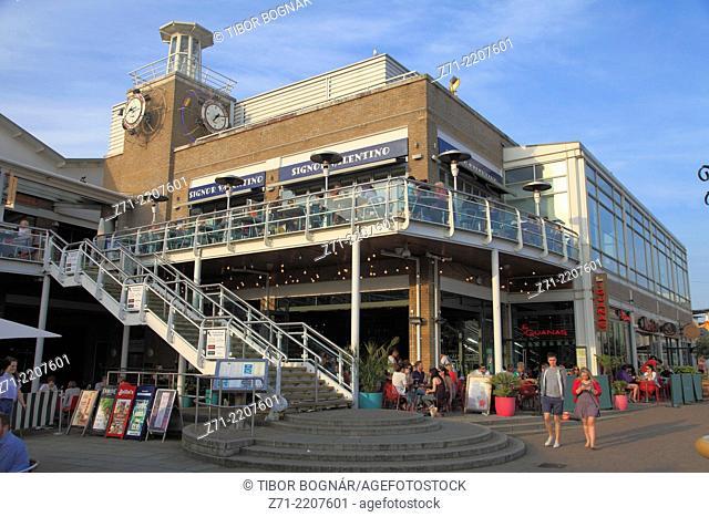 UK, Wales, Cardiff, Bay, restaurants, people, leisure,