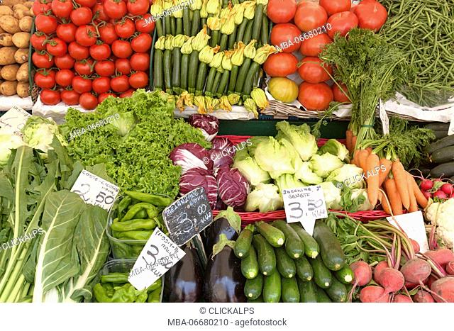 Europe, Italy, Veneto, Venice. Fruit and vegetable market in the historic center of venice