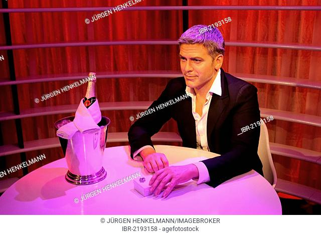 George Clooney as a wax figure in Madame Tussauds Wax Museum, Unter den Linden 74, Berlin, Germany, Europe