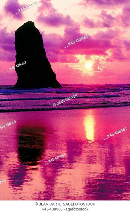 Sunset over The Needle, Cannon Beach. Northern Oregon coast, USA