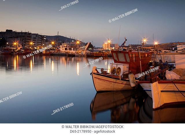 Greece, Thessaly Region, Pelion Peninsula, Volos, fishing port, dawn