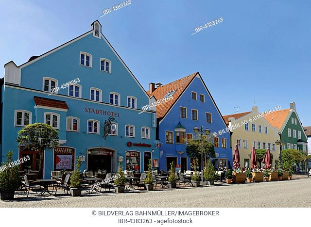 colorful houses, Lange Zeile, Erding, Upper Bavaria, Bavaria, Germany