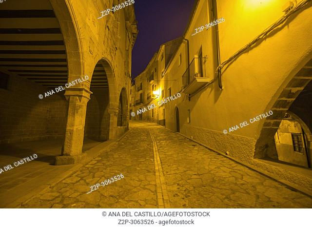 Torre del Compte is a medieval village in Matarrana county, Aragon.Spain. The medieval city hall