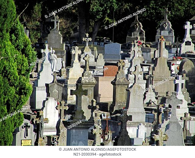 Carcassonne Cemetery. Languedoc - Rousillon, France, Europe