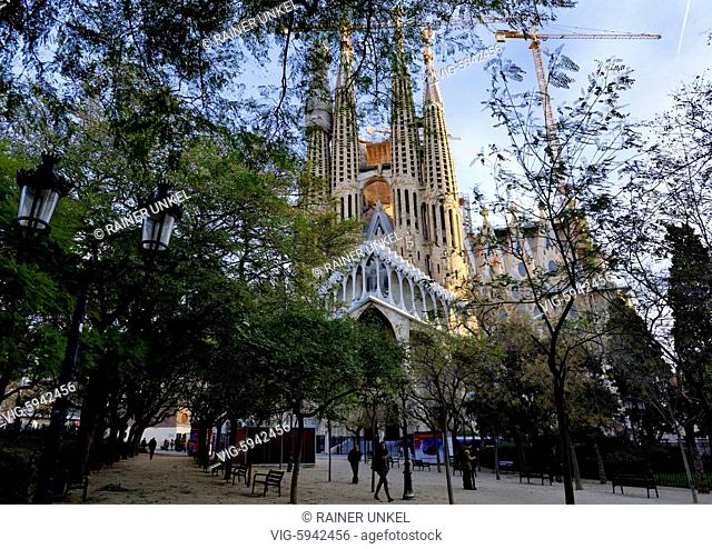ESP , SPAIN : The Sagrada Familia church in Barcelona , 04.01.2018 - Barcelona, Catalonia, Spain, 04/01/2018