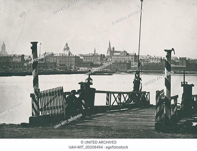 Ansicht der Stadt Mainz, von einer Anlegestelle in Kastel aus gesehen