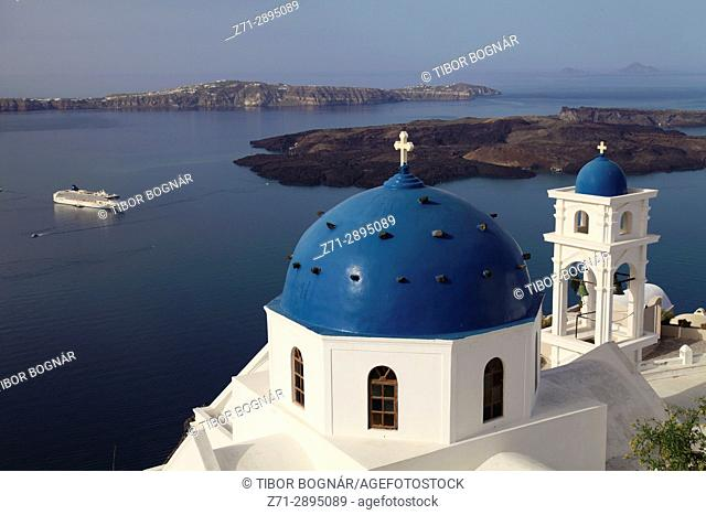 Greece, Cyclades, Santorini, Imerovigli, Anastasi Church, cruise ship