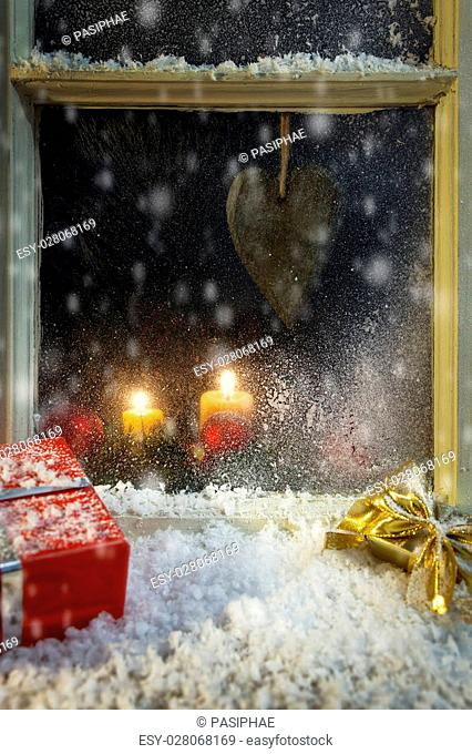 romantic christmas decoration on a window 5