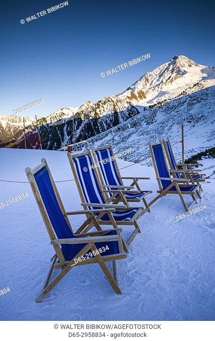 Austria, Tyrol, Zillertal, Mayrhofen, Ahornspitze Skiing Area