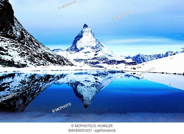 Matterhorn and Riffelsee in winter, Switzerland, Valais, Zermatt