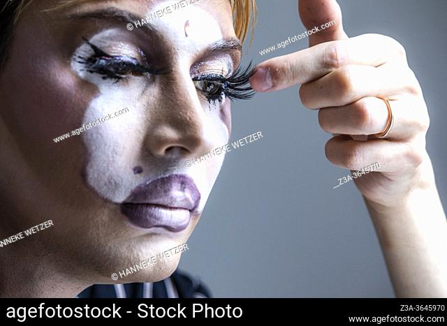 Drag Queen doing makeup at home, Eindhoven, The Netherlands, Europe