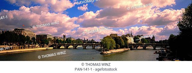 Seine River, Pont Neuf, Paris, France