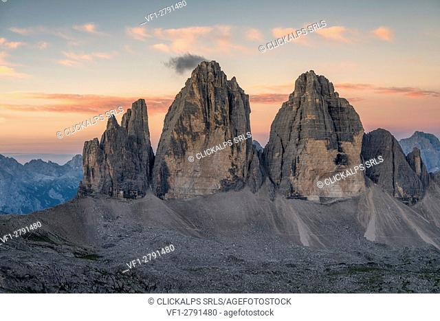 Sesto/Sexten, Dolomites, South Tyrol, Italy. Dawne over the Tre Cime di Lavaredo/Drei Zinnen. Taken from the summit of Torre di Toblin/Toblinger Knoten