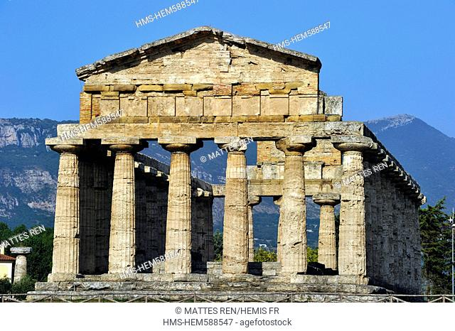 Italy, Campania, National Park of Cilento and Vallo di Diano, listed as World Heritage by UNESCO, archeological site of Paestum, Ceres temple