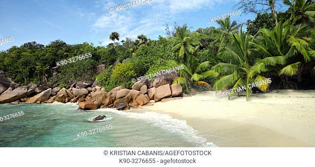 Beach on La Digue, Seychelles, Indian Ocean, Africa