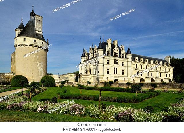 France, Indre et Loire, Chateau de Chenonceau, built between 1513-1521 in Renaissance style, over the Cher river