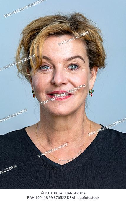 "12 April 2019, Saxony, Leipzig: The actress Margarita Broich, recorded during the MDR talk show """"Riverboat"""" on 05.04.2019 in Leipzig"