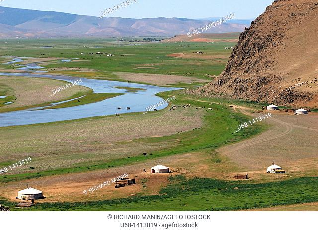 Mongolia, Ovorkhangai district, Orkhon valley, Orkhon river, yurt of nomadic people