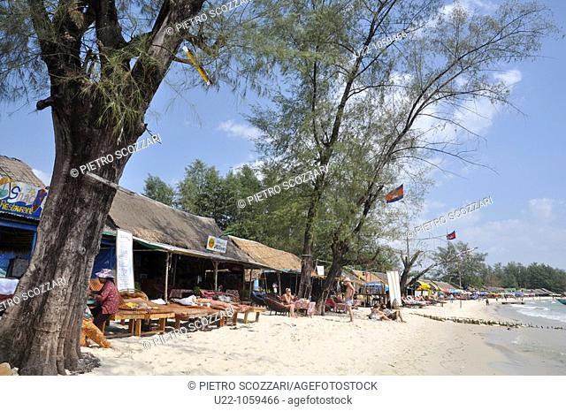 Sihanoukville (Cambodia): Serendipity and Occheuteal Beach