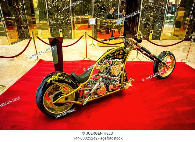 Trump Tower, Interieur, golden motorcycle, custom-made amaerican chopper for Donald Trump, Lobby, Elevators, New York City, United States of America
