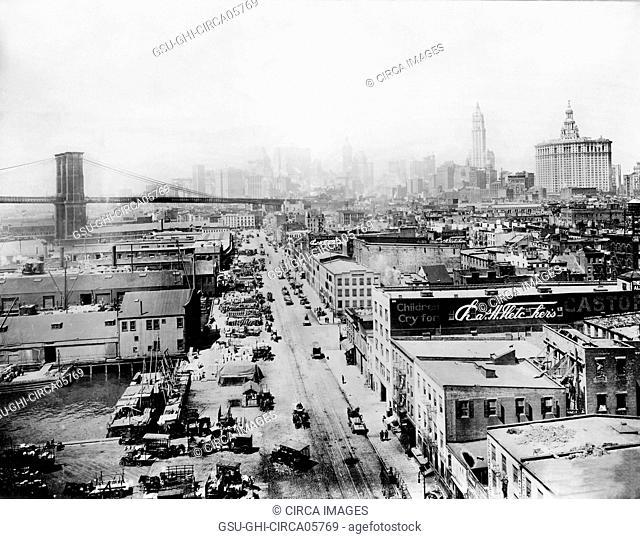 South Street, New York City, New York, USA, 1917