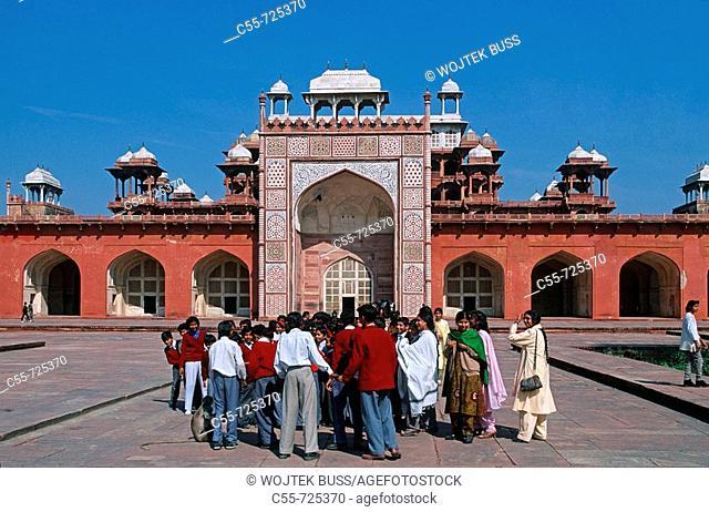 India, Uttar Pradesh, Agra, Sikandra, Sikander Lodi mausoleum, 1613