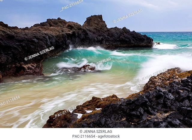Hawaii, Maui, Makena, Ocean Wave On Rocky Coastline
