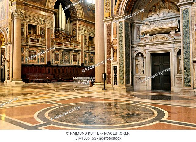Apse with organ, transept with grave monument of Pope Innocent III., Basilica San Giovanni in Laterano, Basilica of St. John Lateran, Rome, Lazio, Italy, Europe