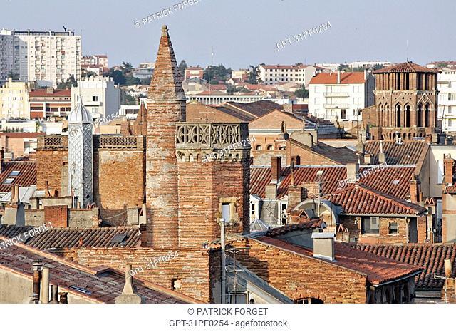 BELL TOWER OF THE CHURCH NOTRE-DAME DU TAUR, TOULOUSE, HAUTE-GARONNE 31, FRANCE
