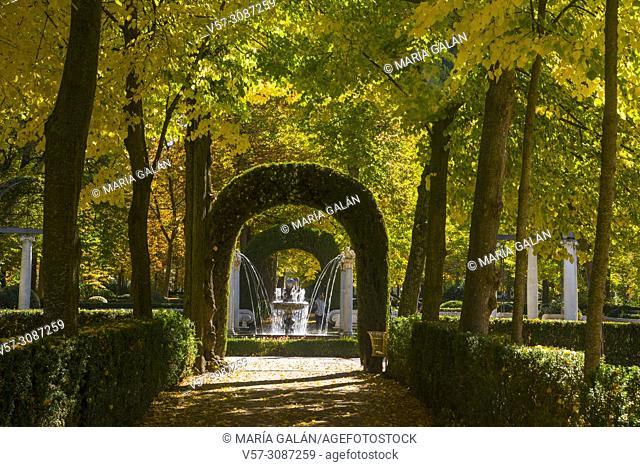 La Isla gardens in Autumn. Aranjuez, Madrid province, Spain
