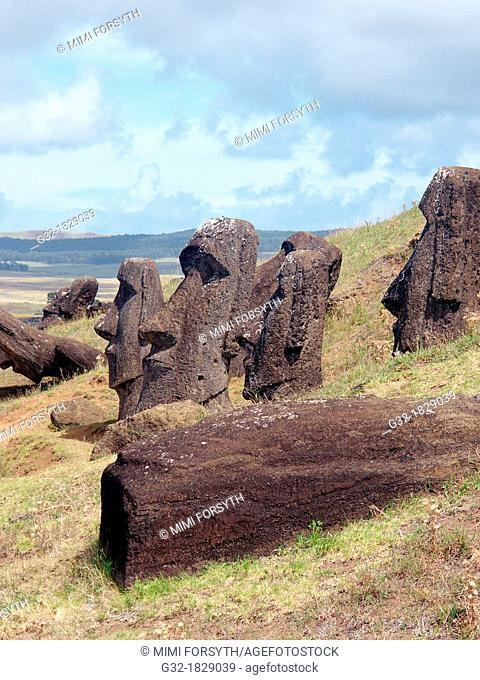 moais, Rano Raraku, Rapa Nui/Easter Island  Chile