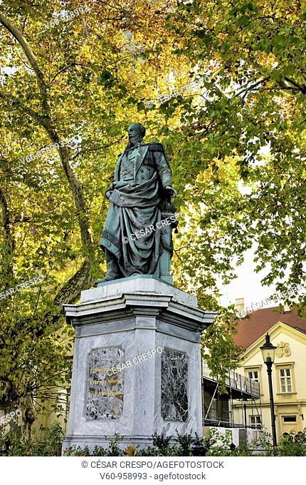-Statues in Wien-