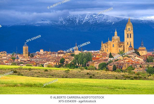 Panoramic View, Segovia, UNESCO World Heritage Site, Castilla y León, Spain, Europe